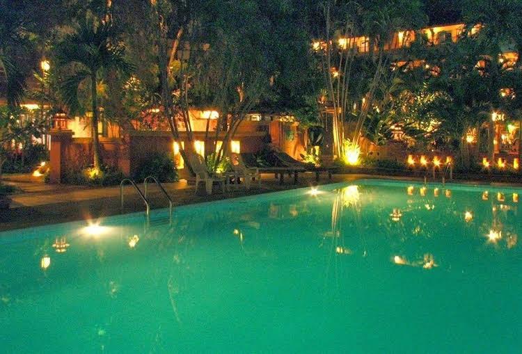 Riviera Resort