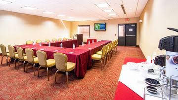 Comfort Suites Elkton near the University of Delaware