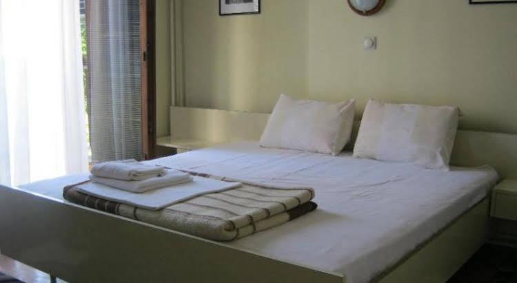 Hotel Bimbo