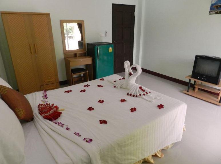Baan Prasert Guesthouse