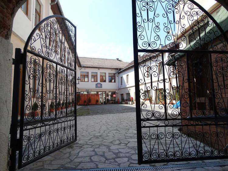 Vicenza Square
