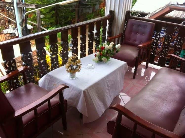 Rattana Guesthouse