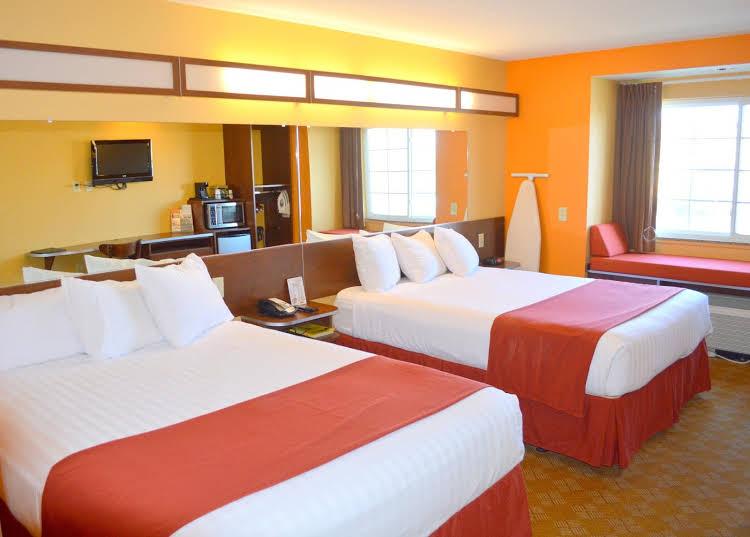 Pronghorn Inn & Suites