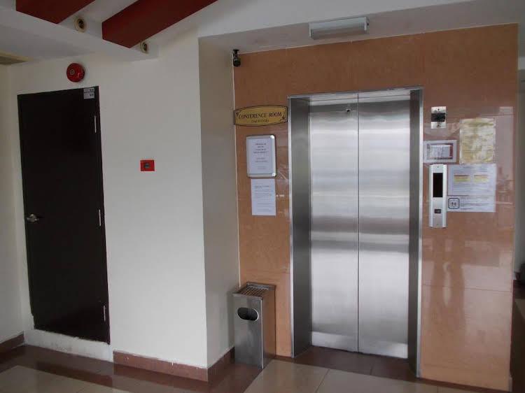 Hotel Sri Sutra (PJ Jalan 227)