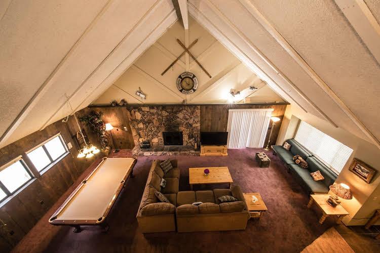 Elk Cottage at Grey Squirrel Resort