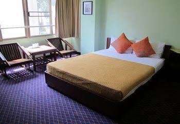 OYO 299 Crown Bts Nana Hotel near Bumrungrad International Hospit