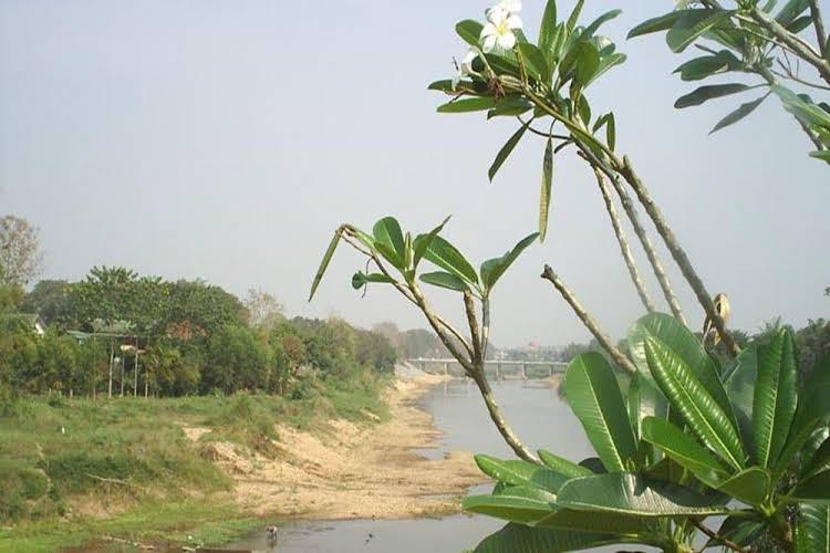Ban Rim Nam Riverside Resort