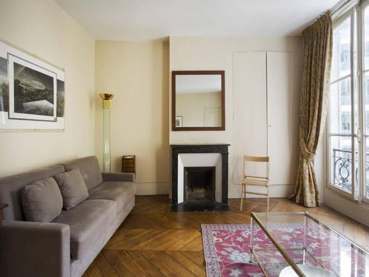 Quai d'Orsay Apartment