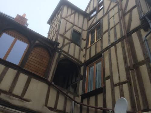 L'Appartement de la Maison du Theatre Saint Bonnet