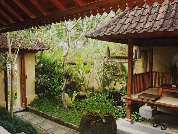 Uma Caming House