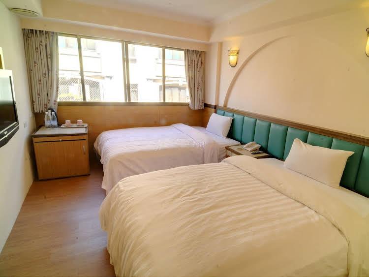 Sinyago Hotel