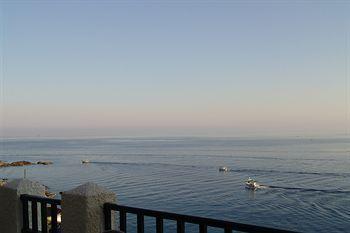 Cavos Bay