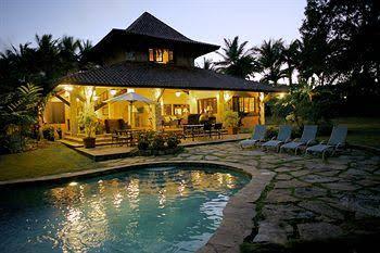 Sea Horse Ranch Luxury Resort