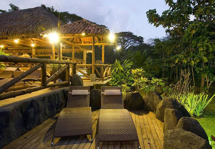 Pumilio Mountain & Ocean Hotel