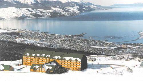 Cyan Del Glaciar Hotel