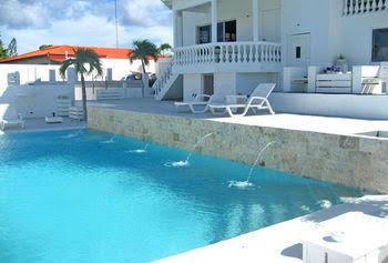 Champartments Resort-Villa and Appartementen Cristal