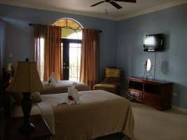 10 BR Guesthouse - Montego Bay - PRJ 1434