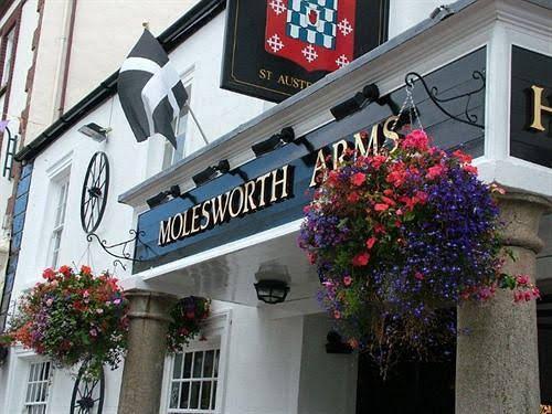Molesworth Arms Hotel