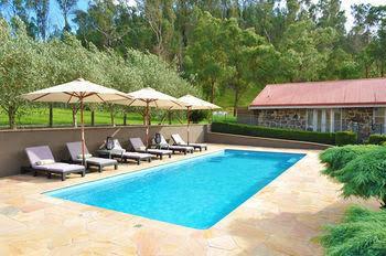 Araluen Lodge & Villas
