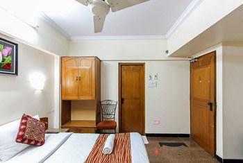 Zo Rooms Goregaon Railway Station