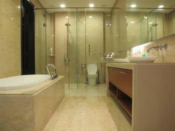 Luxury Suites @ Straits Quay