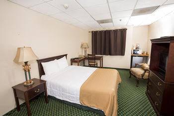 Village Inn & Suites
