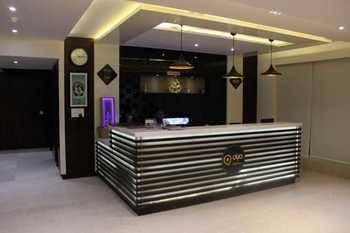 OYO Premium Anand Vihar