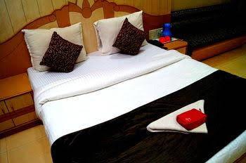 OYO Rooms Shirole Road