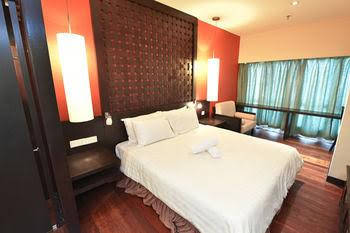 Best View Resort Suites