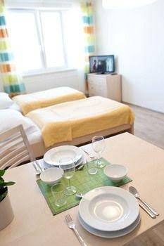 Eliska Tower Apartments Prague