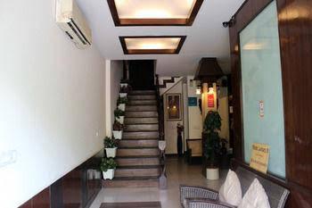 OYO Rooms GK2 Main Road