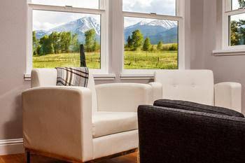 Hillside Colorado Cottages