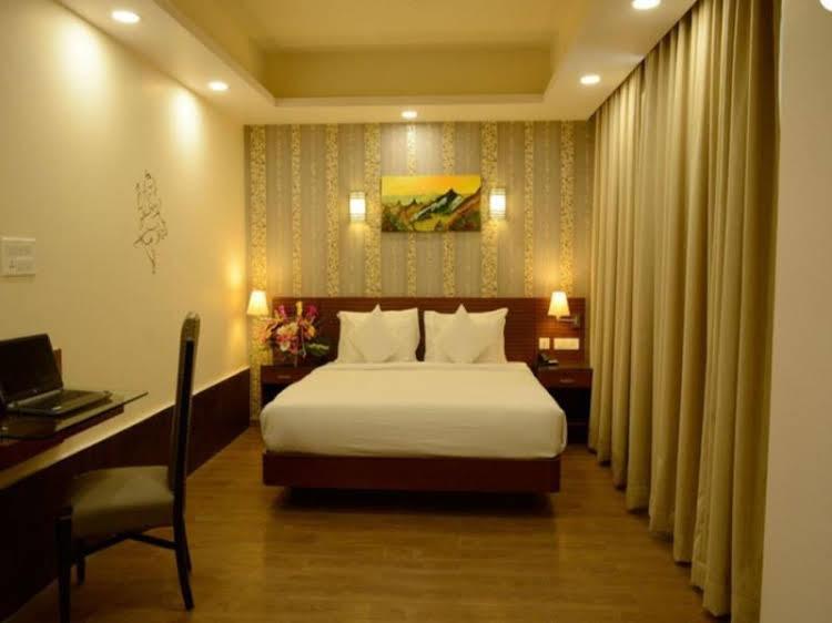 Hotel Samarpan Nesh Inn