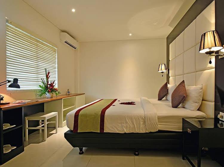 Sama Sama Suites and Restaurant