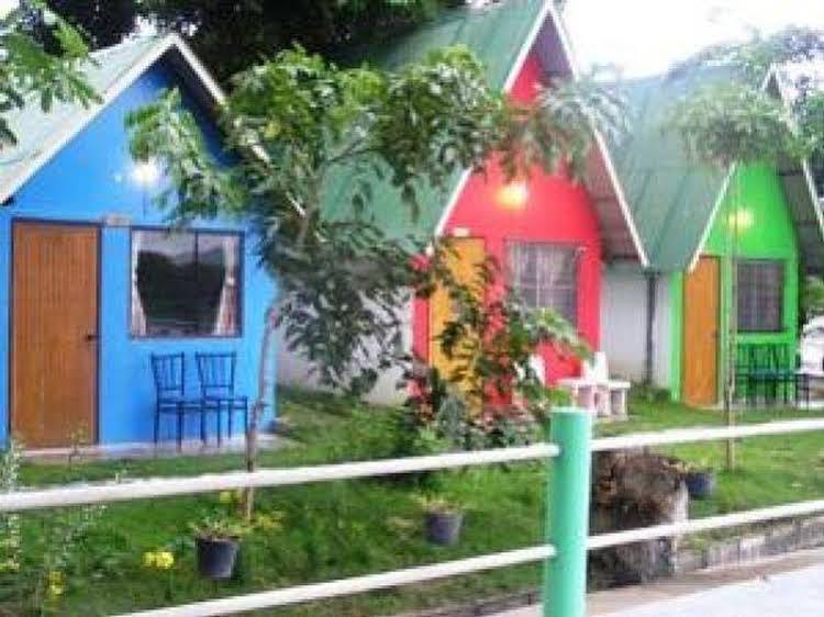 Rainbow Lodge Guesthouse