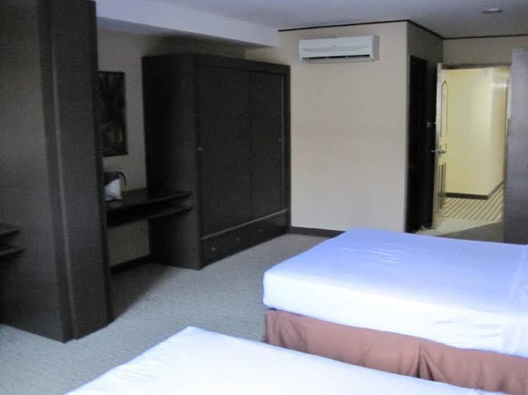 De LA Hotel