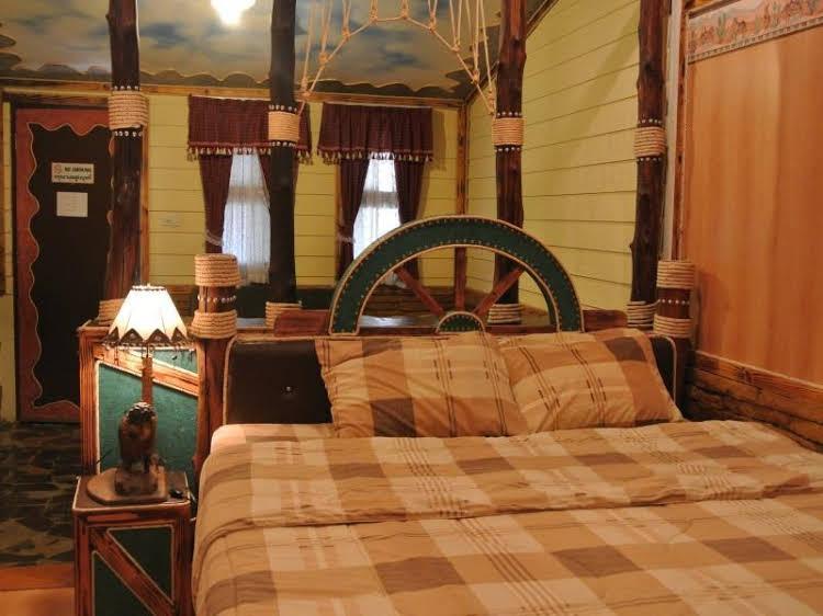 Panther Creek Resort