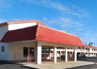 Rodeway Inn Near I-5