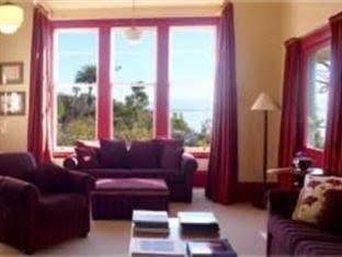 Villa 10 Waterfront Apartments