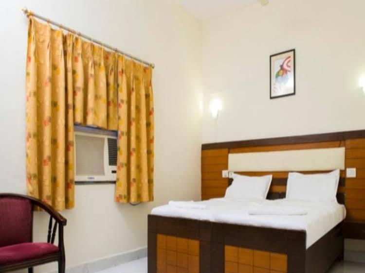 Nemali  Hotel