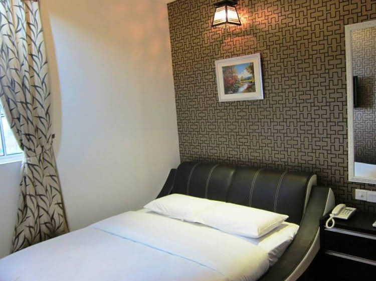 Rose Cottage Hotel Taman Mutiara Mas