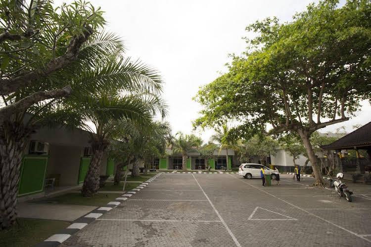 Hardys Hotel Wirapada