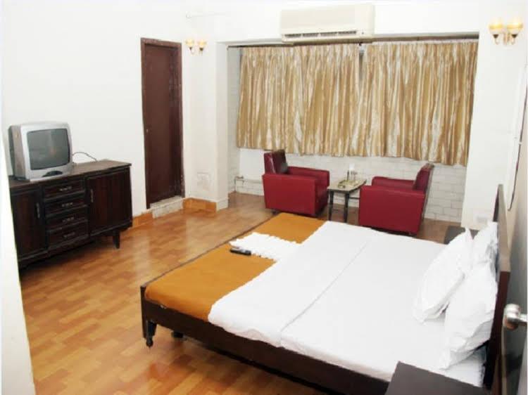 Kishish Kunj Hotel
