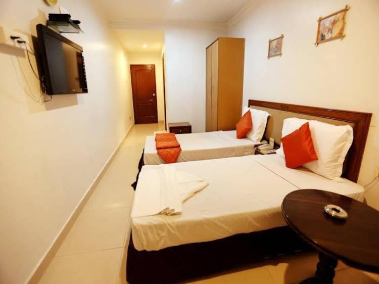 Hotel Sitara Paradise Ameerpet