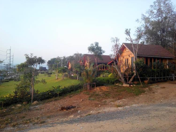 Mai Ngern Mai Thong Resort