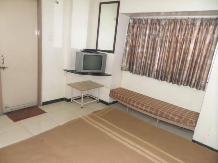 Hotel Deepali Executive
