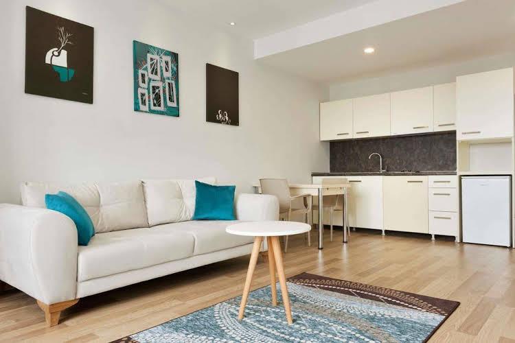 Hawthorn Suites by Wyndham Cerkezkoy