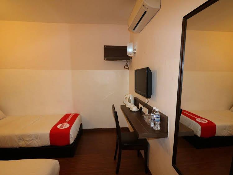 NIDA Rooms Baling Classics