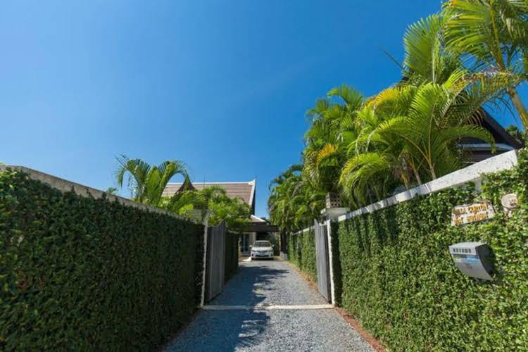 Corton Villa by Jetta