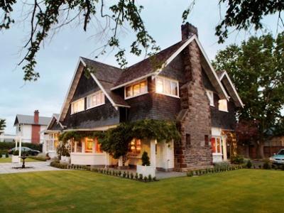Elm Tree House